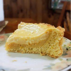 Tarta con crema pastelera
